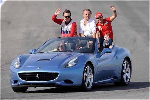 Лука ди Монтедземоло (в центре), Фернандо Алонсо и Фелипе Масса на празднике Ferrari