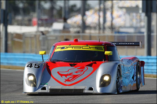 Прототип Riley-Porsche команды Flying Lizard