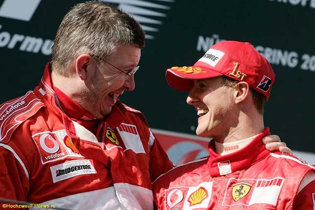 Росс Браун и Михаэль Шумахер на подиуме Гран При Европы, Нюрбургринг, 2006 год