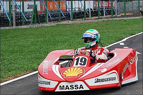 Фелипе Масса на трассе во Флорианаполисе