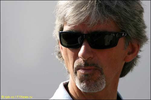 Чемпион Ф1 1996 года Дэймон Хилл