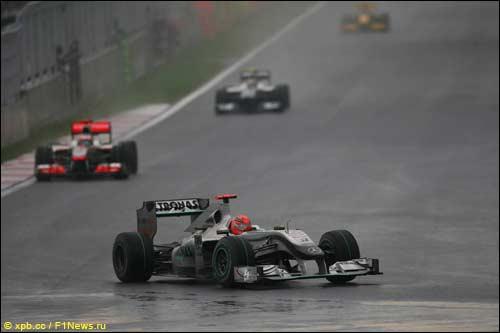 Михаэль Шумахер на трассе Гран При Кореи