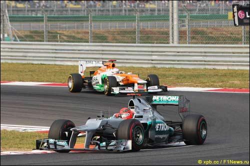Михаэль Шумахер и Пол ди Реста на Гран При Кореи