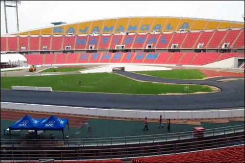 Стадион Раджамангала готовится принять участников Гонки чемпионов