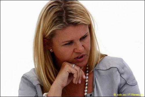 Коринна Шумахер, супруга семикратного чемпиона мира