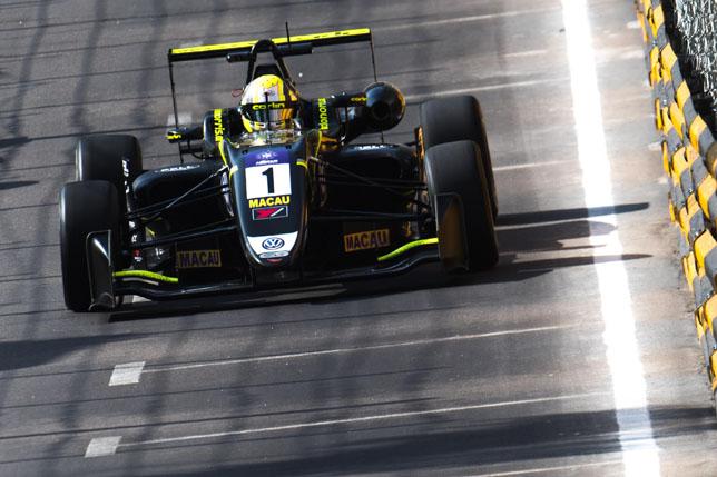 Ф3: Ландо Норрис выиграл первую квалификацию в Макао