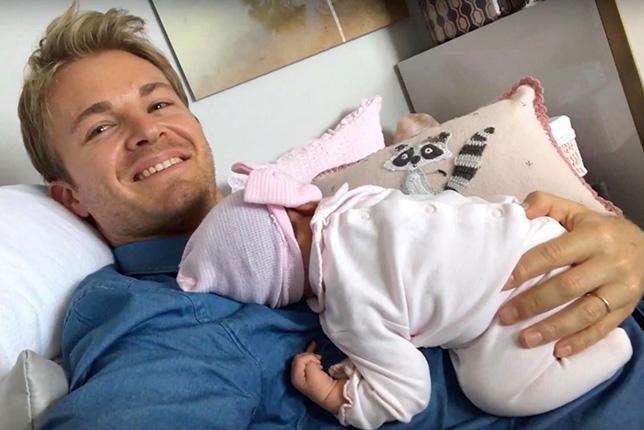 Нико Росберг с новорождённой дочкаой Найлой
