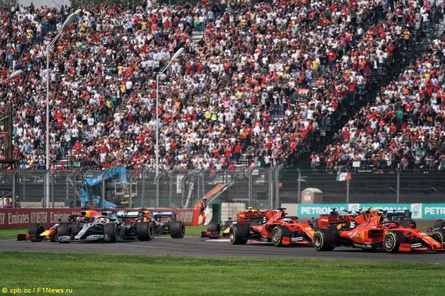 Поединки на старте Гран При Мексики
