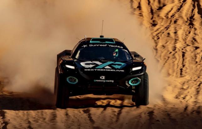 Машина Odyssey 21 команды Нико Росберга на трассе в Саудовской Аравии, фото Rosberg X Racing