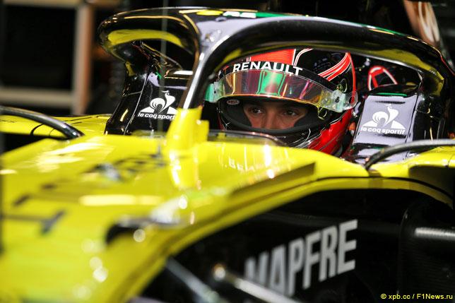 Эстебан Окон за рулём Renault