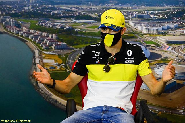 Эстебан Окон на пресс-конференции FIA в Сочи