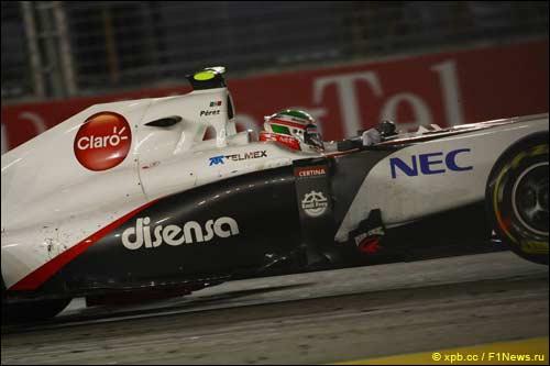 Серхио Перес на трассе Гран При Сингапура