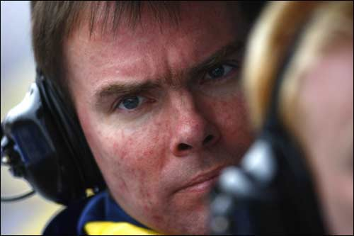 Главный гоночный инженер Renault F1 Алан Пермейн