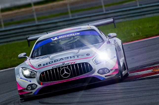 Mercedes AMG GT3 команды Capital Racing Team на трассе Moscow Raceway