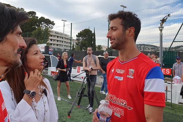 Даниэль Риккардо на благотворительном футбольном матче