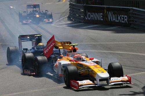 Монако. Столкновение Нельсиньо Пике и Себастьена Буэми