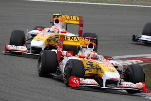 Гран При Германии. Фернандо Алонсо (на переднем плане), Нельсиньо Пике