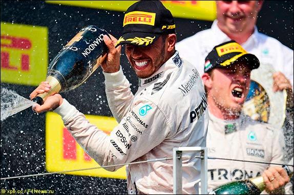 Себастьян Феттель одержал победу квалификацию Гран-при Венгрии