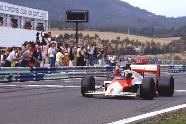 Ален Прост побеждает в Гран При Португалии 1987 года за рулём McLaren MP4/3