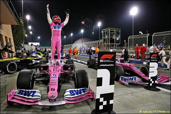 Серхио Перес выиграл Гран-при Сахира своей первой победой в карьере