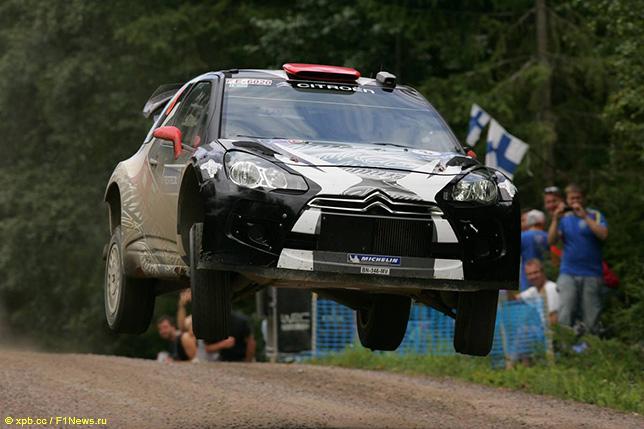 Кими Райкконен на трассе Neste Rally в Финляндии, 2011 год