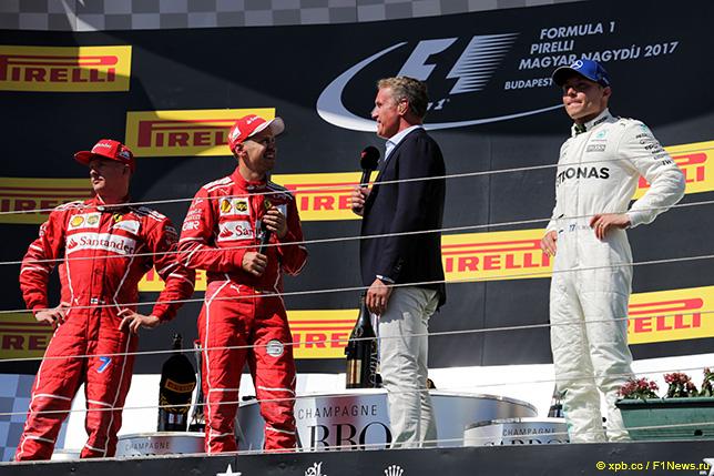 Дэвид Култхард берёт интервью у гонщиков Ferrari и Валттери Боттаса после финиша Гран При Венгрии