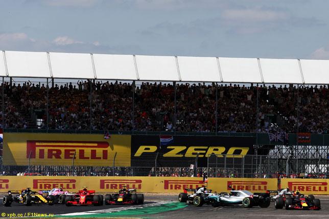 Инцидент на первом круге Гран При Великобритании