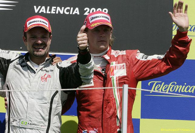 Рубенс Баррикелло и Кими Райкконен на подиуме Гран При Европы 2009 года