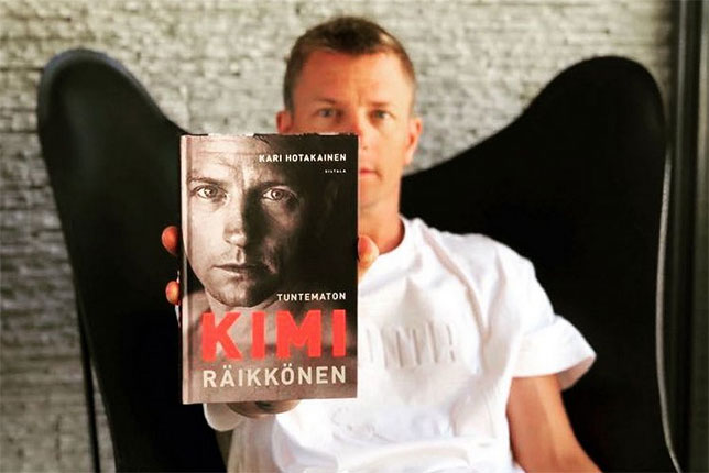 Кими Райкконен в дни презентации финского издания книги