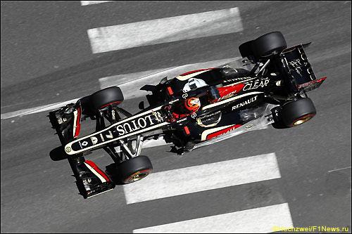 Кими Райкконен на трассе в Монако