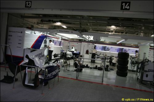 Боксы BMW Sauber