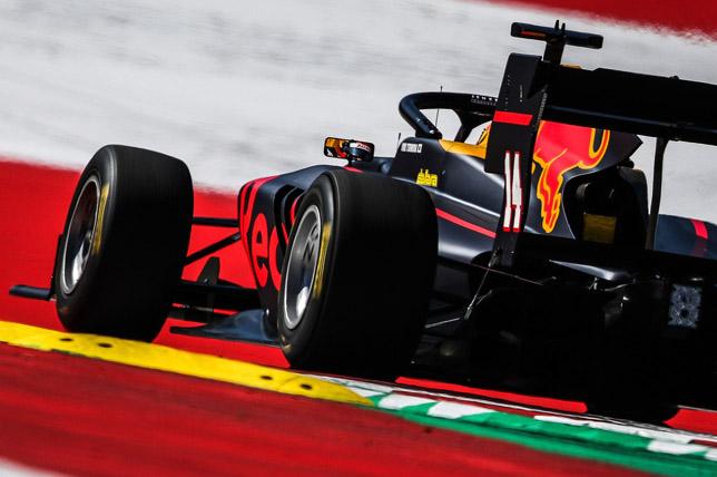 В Red Bull назвали нового гонщика молодёжной программы