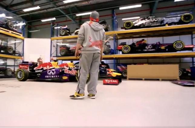 Кадр из ролика Red Bull Racing