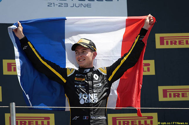 Антуан Юбер - победитель воскресной гонки Формулы 2 в Ле-Кастелле
