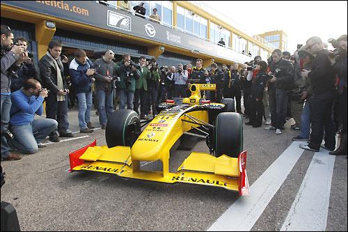 Презентация Renault R30
