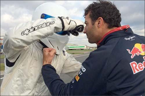 Даниэль Риккардо и загадочный Stig на съемках Top Gear
