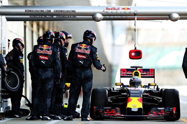 Пит-стоп Red Bull Racing