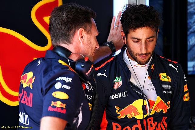Даниэль Риккардо и Кристиан Хорнер, руководитель Red Bull Racing