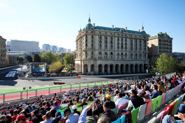 Ландо Норрис на трассе Гран При Азербайджана, 2019 год, фото XPB