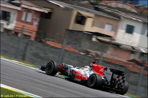 Даниэль Риккардо за рулем F111