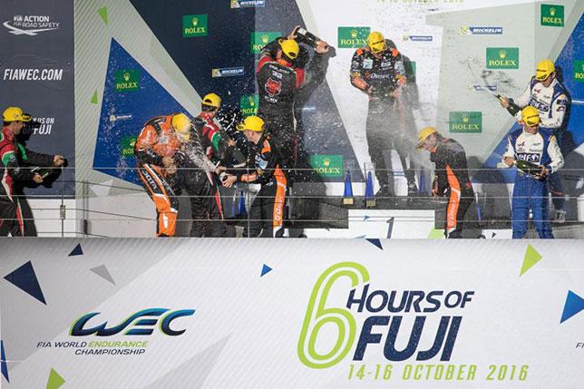 Подиум по итогам 6-часовой гонки на трассе Фудзи в классе LMP2