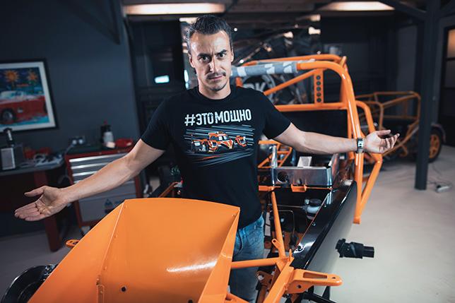 Роман Русинов на базе DK Racing