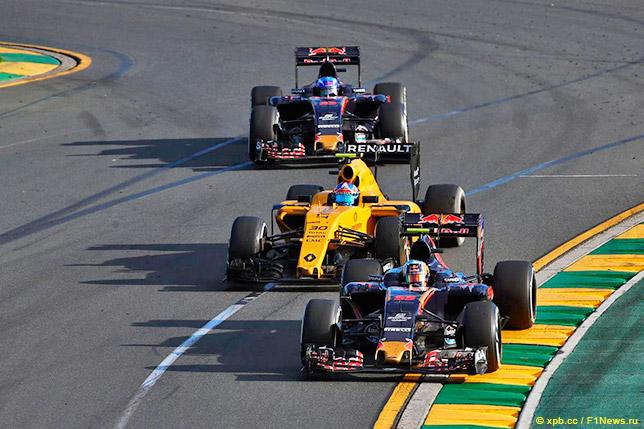 Сайнс и Ферстаппен ведут борьбу с Палмером на Гран При Австралии