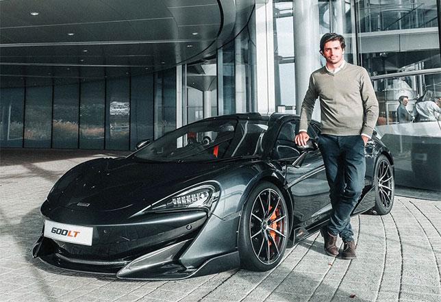 Карлос Сайнс и спорткар McLaren 600LT