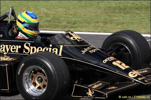 Бруно Сенна за рулем Lotus 98T