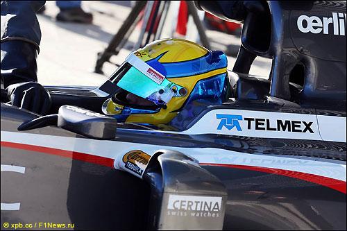 Эстебан Гутьеррес за рулем Sauber C32