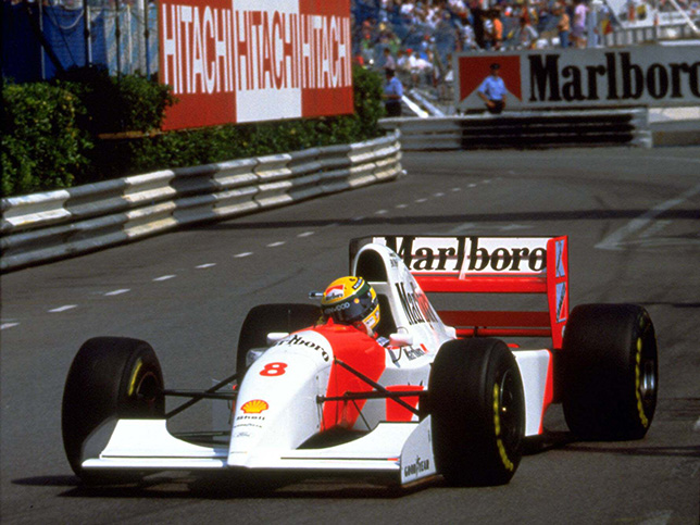 Айртон Сенна за рулём McLaren на трассе Гран При Монако, 1993 год
