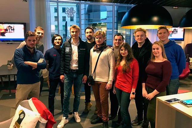 Сергей Сироткин на встрече с болельщиками в Санкт-Петербурге