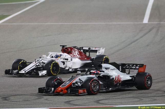 Борьба Маркуса и Эриксона и Романа Грожана на этапе в Бахрейне