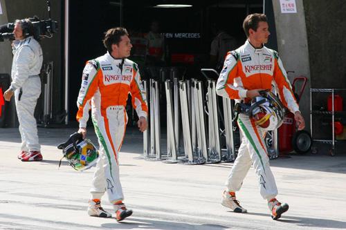 Джанкарло Физикелла (слева) и Адриан Сутил